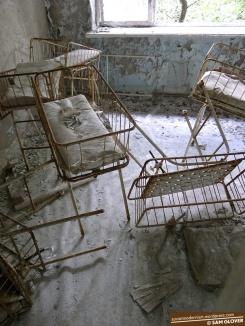 pripyat-chernobyl-ukraine-2 11