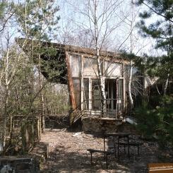 pripyat-chernobyl-ukraine 25