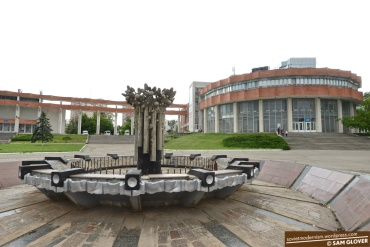 Culture-Palace-of-Railway-Workers-Chisinau-Moldova-12